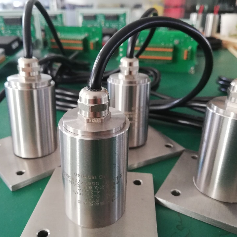 HZD-B-5-A6一体化振动变送器