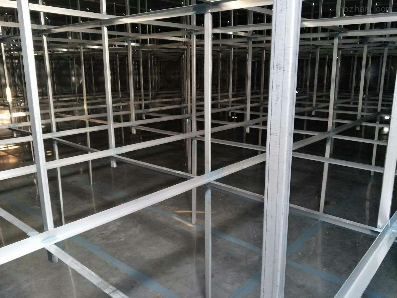 清除不锈钢保温水箱中的沉淀物和废水的方法