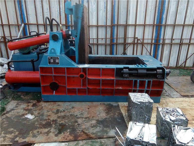 废铝压块机