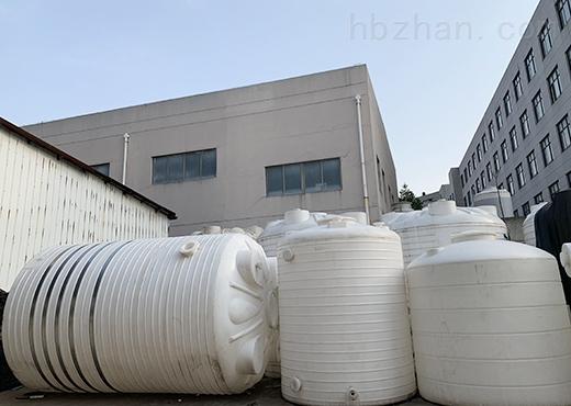 3吨塑料水塔