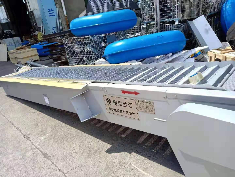 非金属孔板式格栅除污机