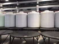 10吨尖底塑料桶加工成型