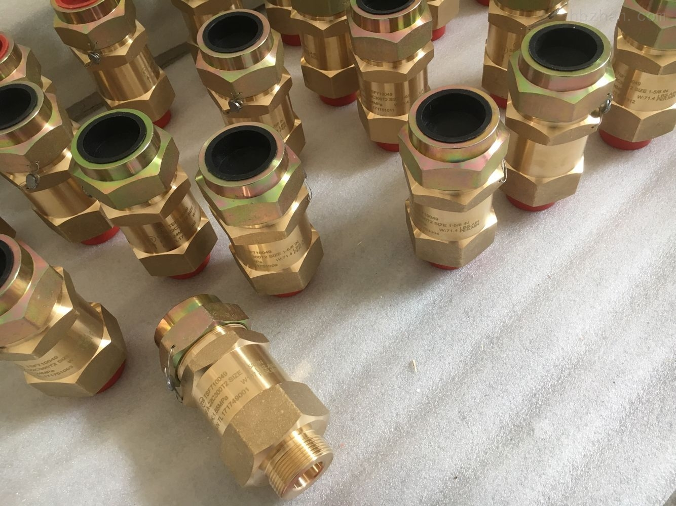 安全阀SFA-22C300T9 DN20 PN5.0MPA 1.38MPA