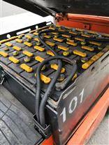 崂山电动叉车电源充电机接插器