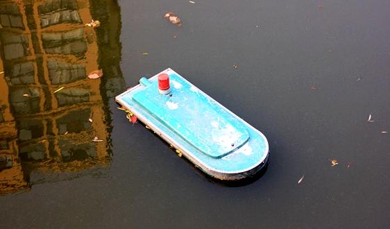 """无人船能够在水环境监测领域""""混出名堂""""吗?"""