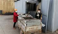 江苏省滨海县城管局保障复工企业垃圾及时清运